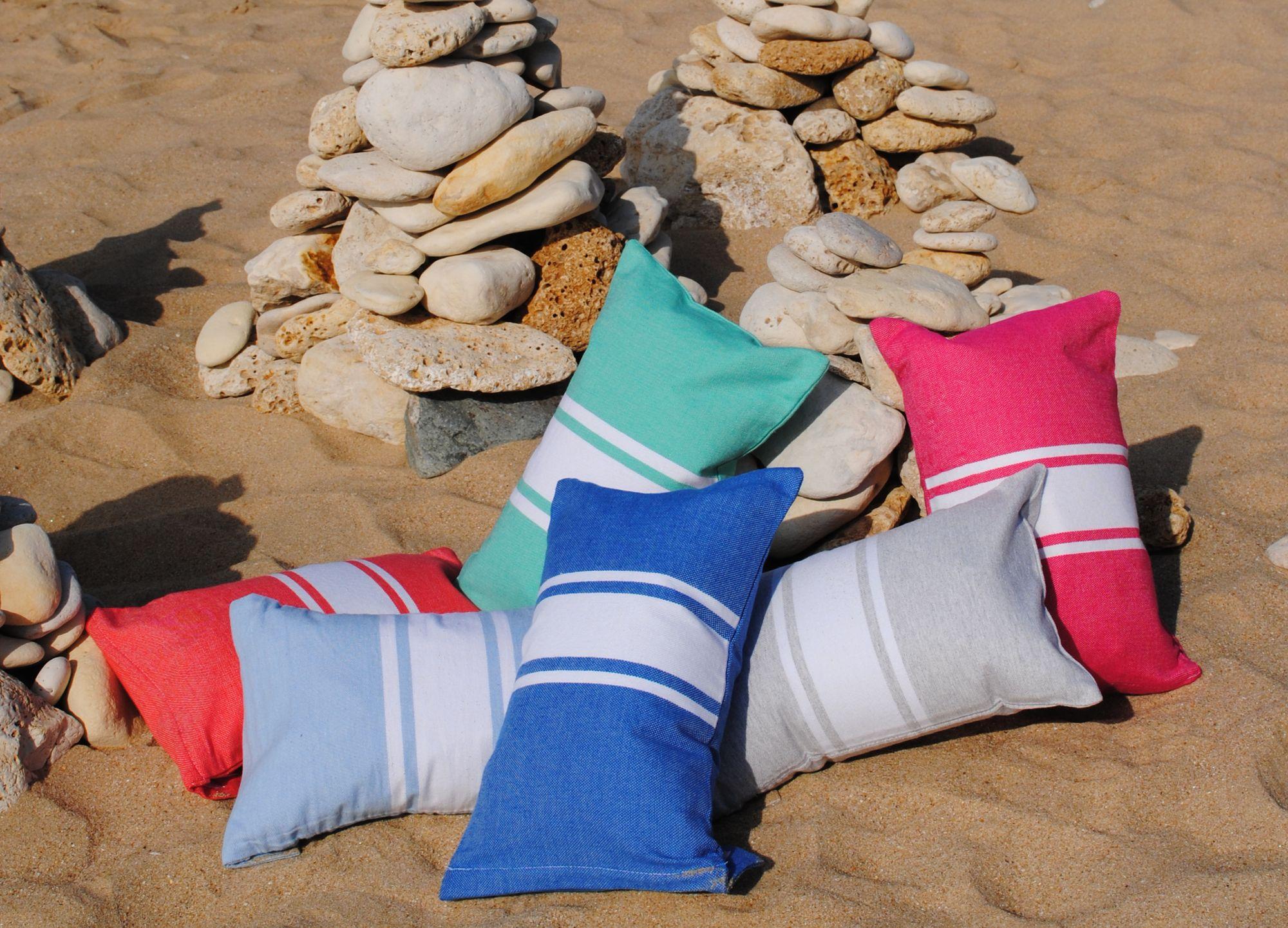Coussin de plage, sieste à la plage