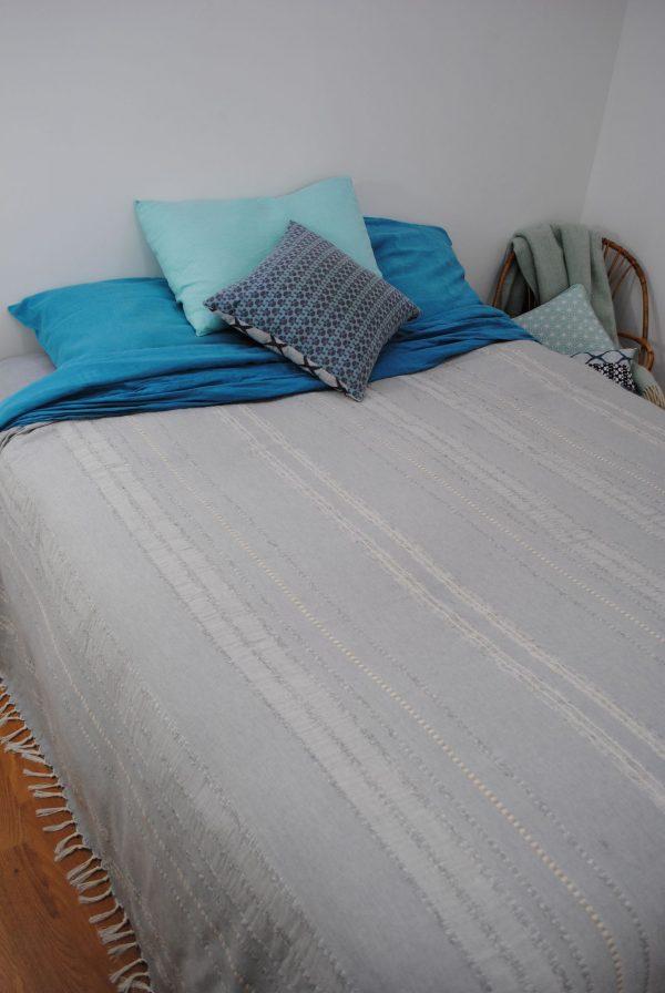 Jeté couvre lit, jeté de canapé Summer gris ficelle
