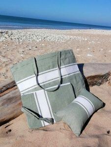 Accessoires de plage, cabas, trousses, coussins gonflables pour vos vacances estivales